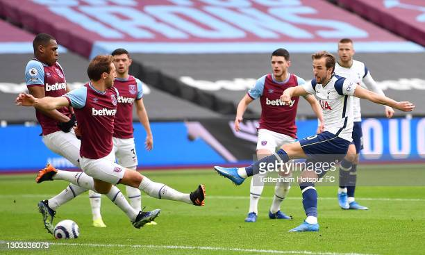 Harry Kane of Tottenham Hotspur shoots during the Premier League match between West Ham United and Tottenham Hotspur at London Stadium on February...