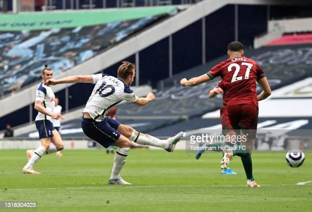 Harry Kane of Tottenham Hotspur shoots during the Premier League match between Tottenham Hotspur and Wolverhampton Wanderers at Tottenham Hotspur...