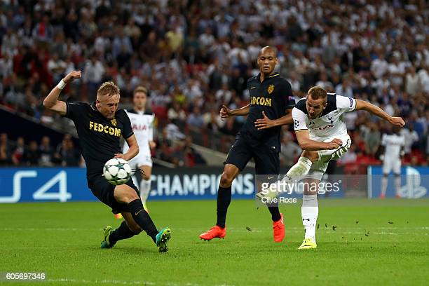 Harry Kane of Tottenham Hotspur shoots on goal during the UEFA Champions League match between Tottenham Hotspur FC and AS Monaco FC at Wembley...