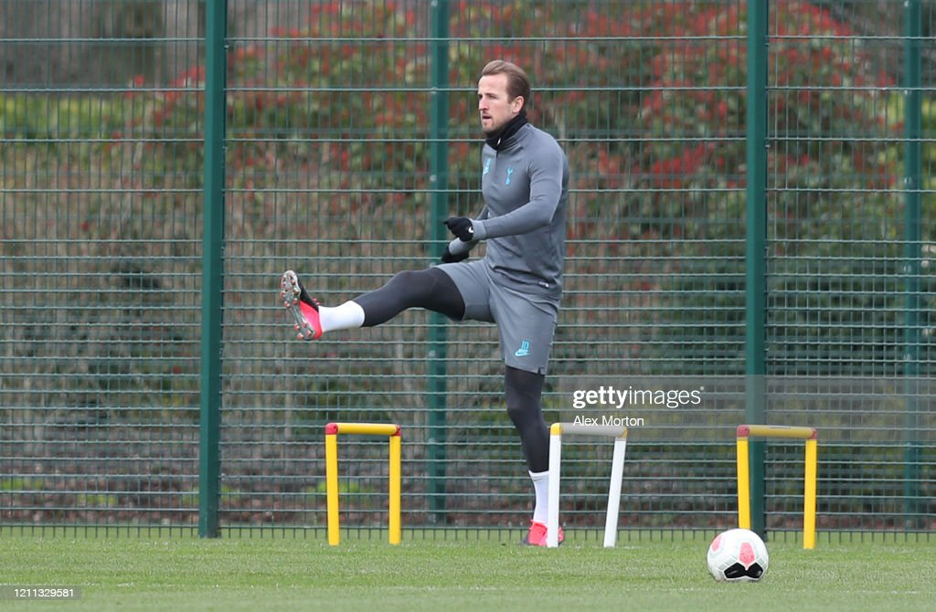 Tottenham Hotspur Press Conference And Training Session : News Photo