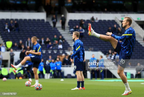 Harry Kane of Tottenham Hotspur warms up prior to the Premier League match between Tottenham Hotspur and Aston Villa at Tottenham Hotspur Stadium on...