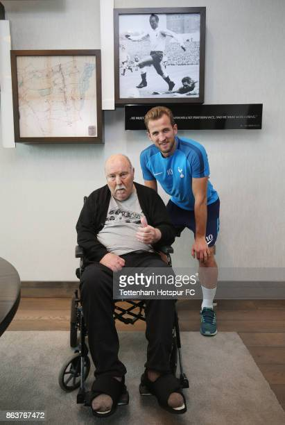 Harry Kane of Tottenham meets former Tottenham player Jimmy Greaves at the Tottenham Hotspur Training Centre on October 20 2017 in Enfield England