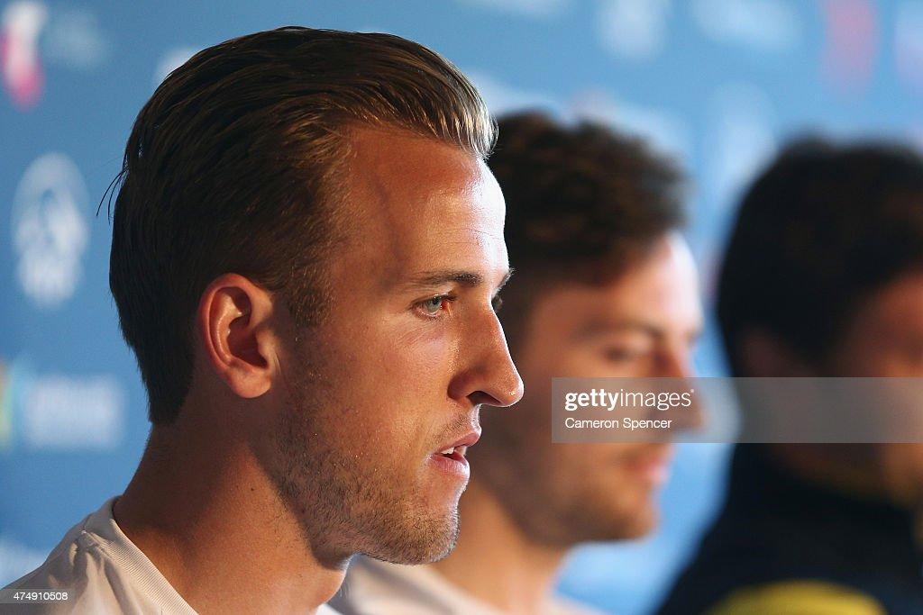 Tottenham Hotspur Official Arrival Media Conference : News Photo
