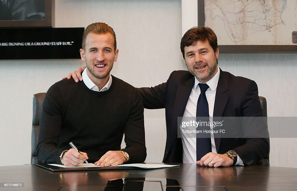Harry Kane Signs New Contract at Tottenham Hotspur