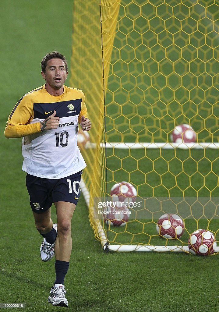 Harry Kewell of Australia runs laps during an Australian Socceroos training session at AAMI Park on May 20, 2010 in Melbourne, Australia.