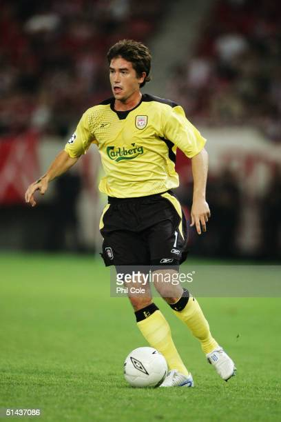 Harry Kewell of Liverpool runs with the ball during the Champions League Group A match between Olympiakos and Liverpool at Karaiskaki Stadium on...
