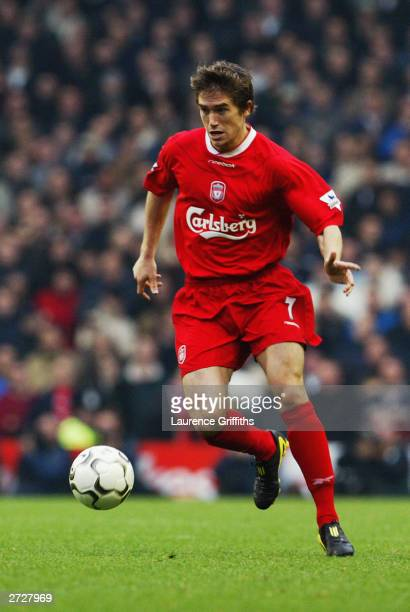 Harry Kewell of Liverpool takes the ball in his stride during the FA Barclaycard Premiership match between Liverpool and Manchester United on...