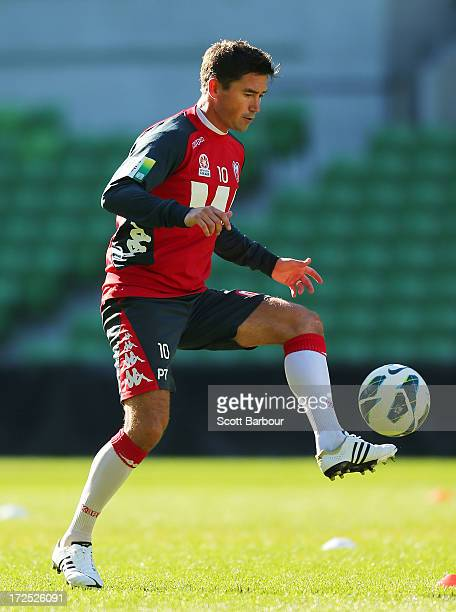 Harry Kewell of the Heart controls the ball during a Melbourne Heart ALeague training session at AAMI Park on July 3 2013 in Melbourne Australia