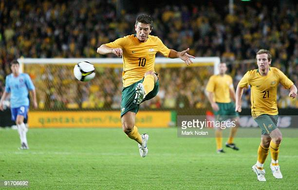 Harry Kewell of the Socceroos in action during the International friendly football match between Australia and the Netherlands at Sydney Football...