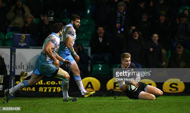 Harry Mallinder of Northampton Saints goes over to score the matchwinning try on the stroke of fulltime during the European Rugby Champions Cup pool...