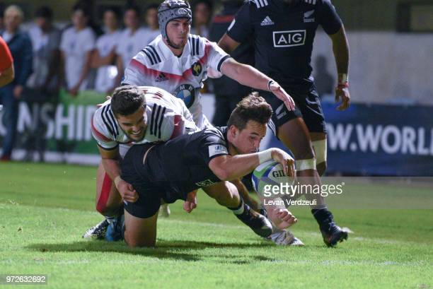 Harry Plummer of New Zealand scores a try during the World Rugby U20 Championship semi final match between New Zealand and France at Stade AimeGiral...
