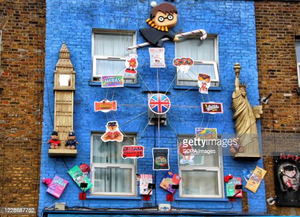 Harry Potter Big Ben and the Statue of Liberty are featured on this piece above a sweet store in the High Street A huge variety of Street Art of all...