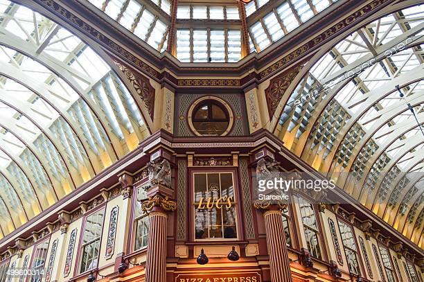 ハリーポッター diagon アレイ-leadenhall 市場でロンドン,英国 - レドンホールマーケット ストックフォトと画像