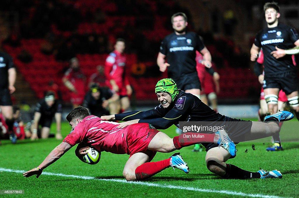 Scarlets v London Irish - LV= Cup : News Photo