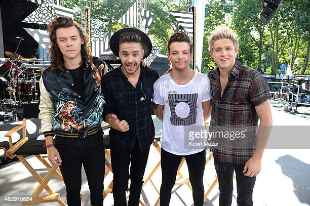 Harry Styles Liam Payne Louis Tomlinson and Niall Horan of One Direction pose onstage during ABC's Good Morning America at Rumsey Playfield Central...