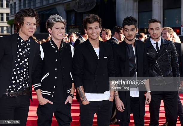 Harry Styles Niall Horan Louis Tomlinson Zayn Malik and Liam Payne of One Direction attend the World Premiere of 'One Direction This Is Us' at Empire...