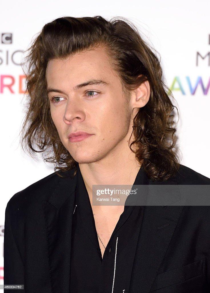 BBC Music Awards - Red Carpet Arrivals : News Photo