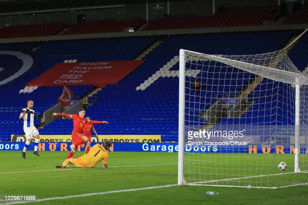 Harry Wilson of Wales scores their 1st goal during the UEFA Nations League group stage match between Wales and Finland at Cardiff City Stadium on...