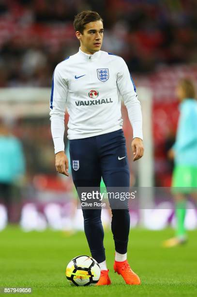 Harry Winks of England warms up prior to the FIFA 2018 World Cup Group F Qualifier between England and Slovenia at Wembley Stadium on October 5 2017...