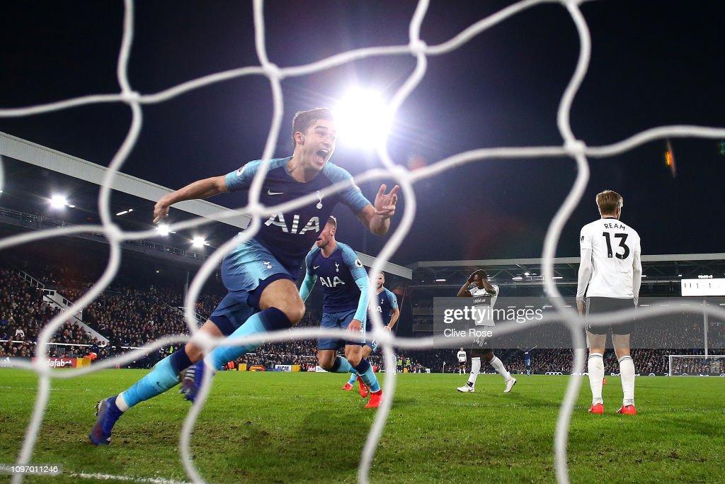 Fulham FC v Tottenham Hotspur - Premier League : News Photo