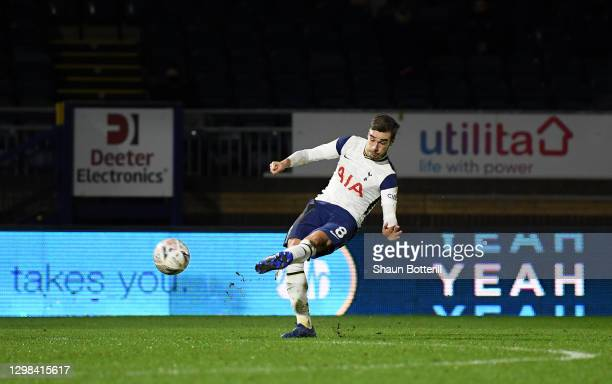 Harry Winks of Tottenham Hotspur scores their sides second goal during The Emirates FA Cup Fourth Round match between Wycombe Wanderers and Tottenham...