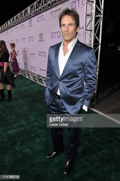 Hart Bochner attends the 18th annual Environmental Media awards at the Ebell Theatre on November 12 2008 in Los Angeles California