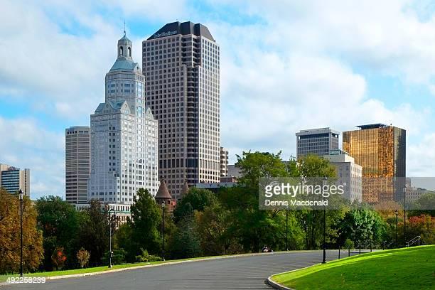 hartford connecticut downtown city skyline - コネチカット州ハートフォード ストックフォトと画像