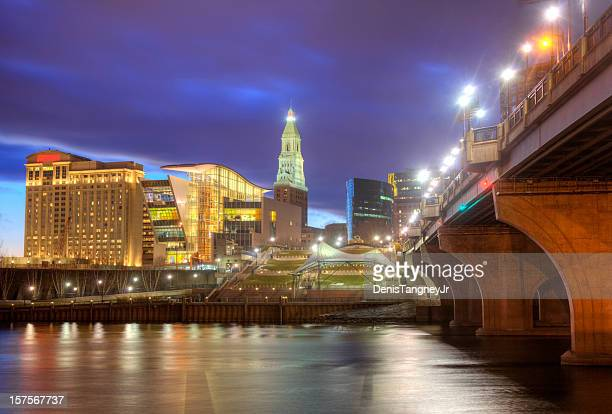 hartford, connecticut skyline - hartford connecticut stock pictures, royalty-free photos & images