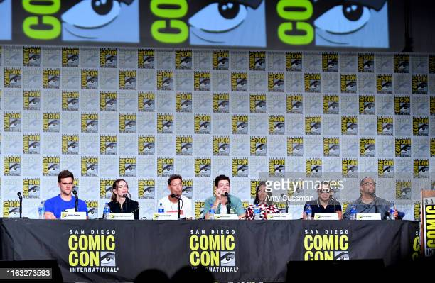 Hartley Sawyer Danielle Panabaker Tom Cavanagh Grant Gustin Candice Patton Carlos Valdes and Eric Wallace speak at The Flash Special Video...