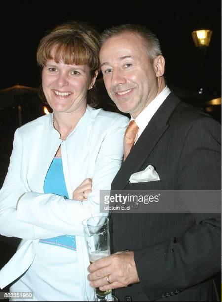Hartmut Guy Schauspieler und Gastronom Inhaber des Guy am Gendarmenmarkt und Ehefrau Kerstin