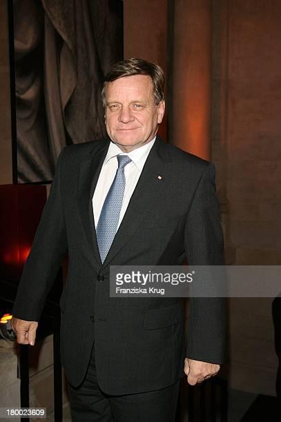 Hartmut Mehdorn Beim Christiansen Jahresempfang Im Hotel De Rome In Berlin