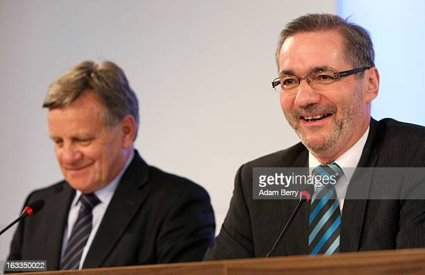 Hartmut Mehdorn, former chief executive of Air Berlin and Deutsche Bahn , and Brandenburg Governor Matthias Platzeck attend a news conference on...