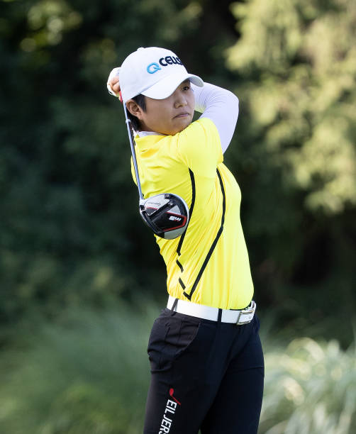 https://media.gettyimages.com/photos/haru-nomura-of-japan-hits-her-tee-shot-on-the-15th-hole-during-the-picture-id1155284928?k=6&m=1155284928&s=612x612&w=0&h=Ylsesuz3GZHRrXkVSv4HxlEMQKTtwPjdpgQTcSfUv0c=