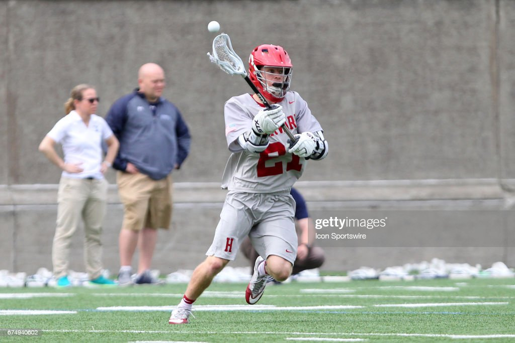 COLLEGE LACROSSE: APR 29 Yale at Harvard : News Photo