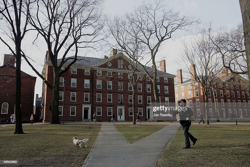 Summers To Step Down As Harvard President : News Photo