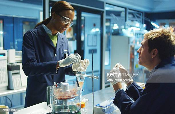 'Harvest' Special guest star Aisha Tyler portrays Mia Dickerson the new lab technician replacing Greg Sanders in the DNA lab on CSI CRIME SCENE...