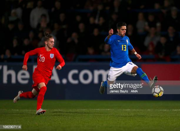 Harvey Elliott of England and Yan Bueno Couto of Brazil during the U17 International Youth Tournament game between England and Brazil at the New...