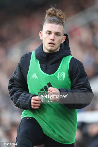 Harvey Elliott of Fulham warms up during the Premier League match between Fulham FC and Everton FC at Craven Cottage on April 13 2019 in London...