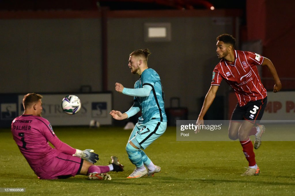 Lincoln City v Liverpool - Carabao Cup Third Round : News Photo