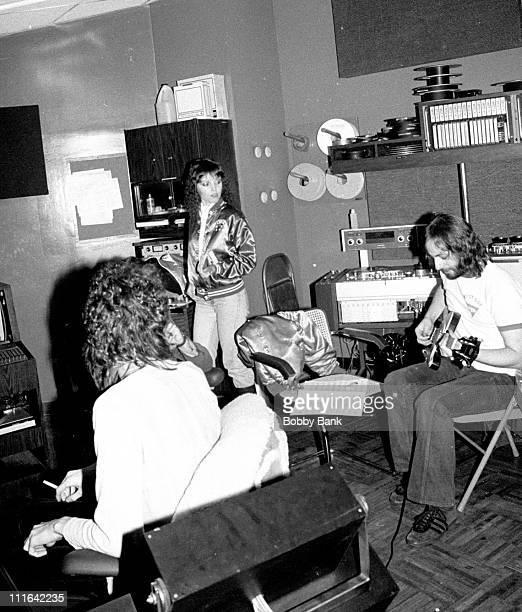 Harvey Goldberg Pat Benatar and Elliott Randall during Pat Benatar Recording Session at Mediasound Studios December 12 1978 at Mediasound Studios in...