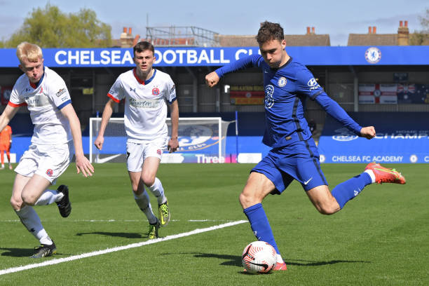 Harvey Vale of Chelsea crosses the ball during the Chelsea U18 v AFC Fylde U18 FA Youth Cup at Kingsmeadow on April 2, 2021 in Kingston upon Thames,...