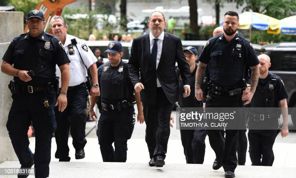 TOPSHOT Harvey Weinstein arrives at Manhattan Criminal Court for a hearing on October 11 2018 in New York City