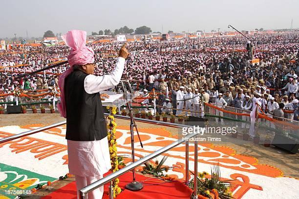 Haryana Chief Minister Bhupinder Singh Hooda addressing the mammoth gathering during Haryana Shakti Rally at Gohana on November 10 2013 in Sonepat...
