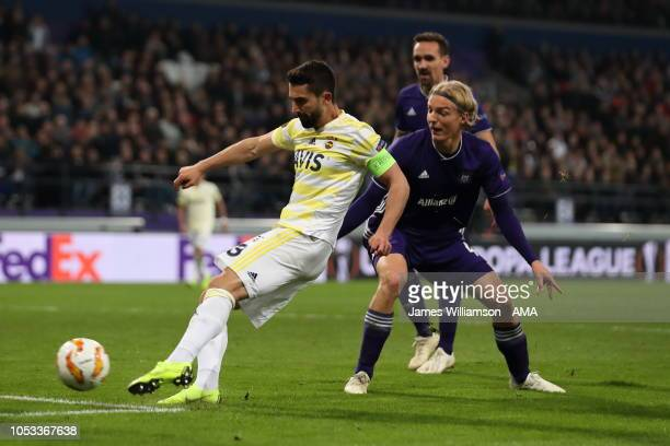 Hasan Ali Kaldirim of Fenerbahce scores a goal to make it 2-2 during the UEFA Europa League Group D match between RSC Anderlecht and Fenerbahce at...