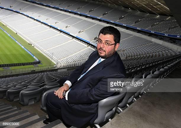 Hasan Ismaik sitzt in der leeren Allianz Arena Pressekonferenz mit dem jordanischen Investor und Partner Hasan Ismaik beim TSV 1860 Munchen in der...