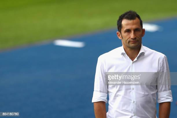 Hasan Salihamidzic sport director of Muenchen looks on during a training session ahead of the UEFA Champions League Group B match against Paris Saint...