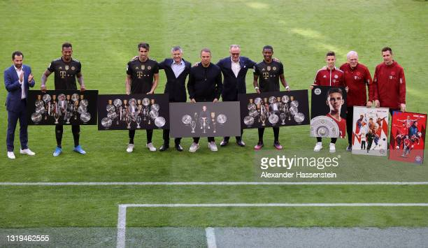 Hasan Salihamidzic, Sporting Director FC Bayern Muenchen, Jerome Boateng of FC Bayern Muenchen, Javi Martinez of FC Bayern Muenchen, Herbert Hainer,...