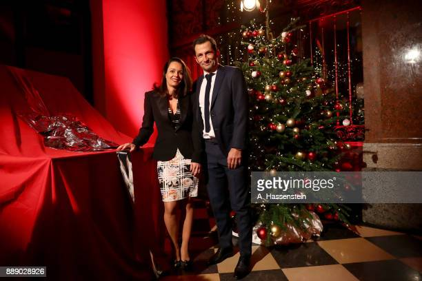 Hasan Salihamidzic sporting director of FC Bayern Muenchen arrives with his wife Ester Copado at Palais Lenbach for the FC Bayern Muenchen Christmas...