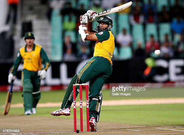 Hashim Amla of South Africa bats during the 2nd T20 International match between South Africa and Australia at Sahara Stadium Kingsmead on March 12...