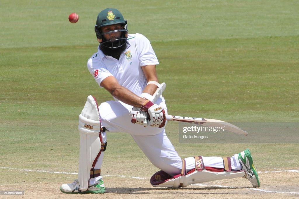 South Africa v England - Fourth Test: Day Four : News Photo